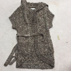 Sweaters - Cozy hooded sweater vest